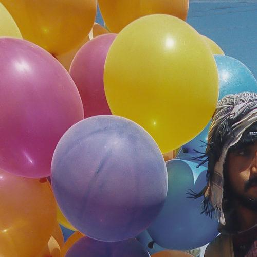Afghanistan, Streetlife in Kabul, ballonseller