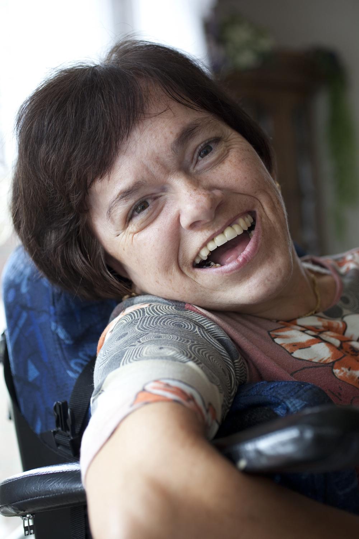 """Sylke Lepschi mit ihrer Mutter in Neuhaus """"Leben mit Behinderungen"""""""